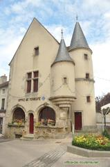 photo office de tourisme Arnay-le-Duc