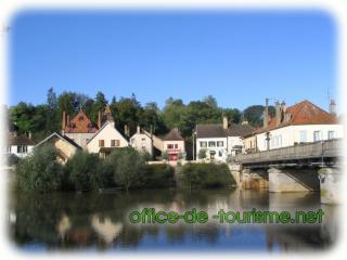 Pontailler-sur-Saône (21) dans Ma Bourgogne En détails 229-m